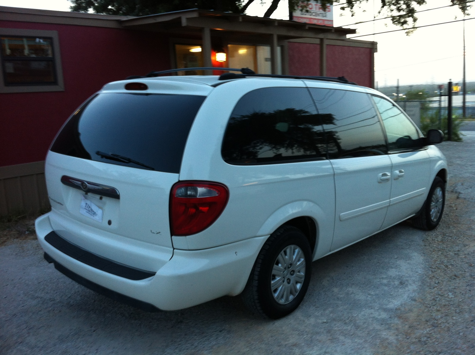 user reviews 2013 chrysler town country touring autos post. Black Bedroom Furniture Sets. Home Design Ideas