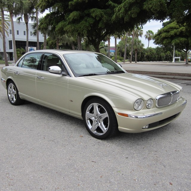 2001 Jaguar Xj Interior: 2006 Jaguar XJ-Series