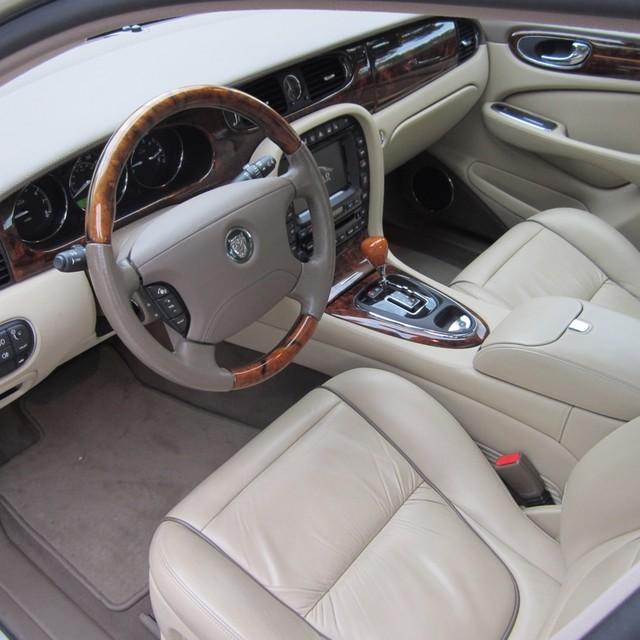 2001 Jaguar S Type Interior: 2006 Jaguar XJ-Series