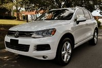 Picture of 2012 Volkswagen Touareg Hybrid AWD, exterior