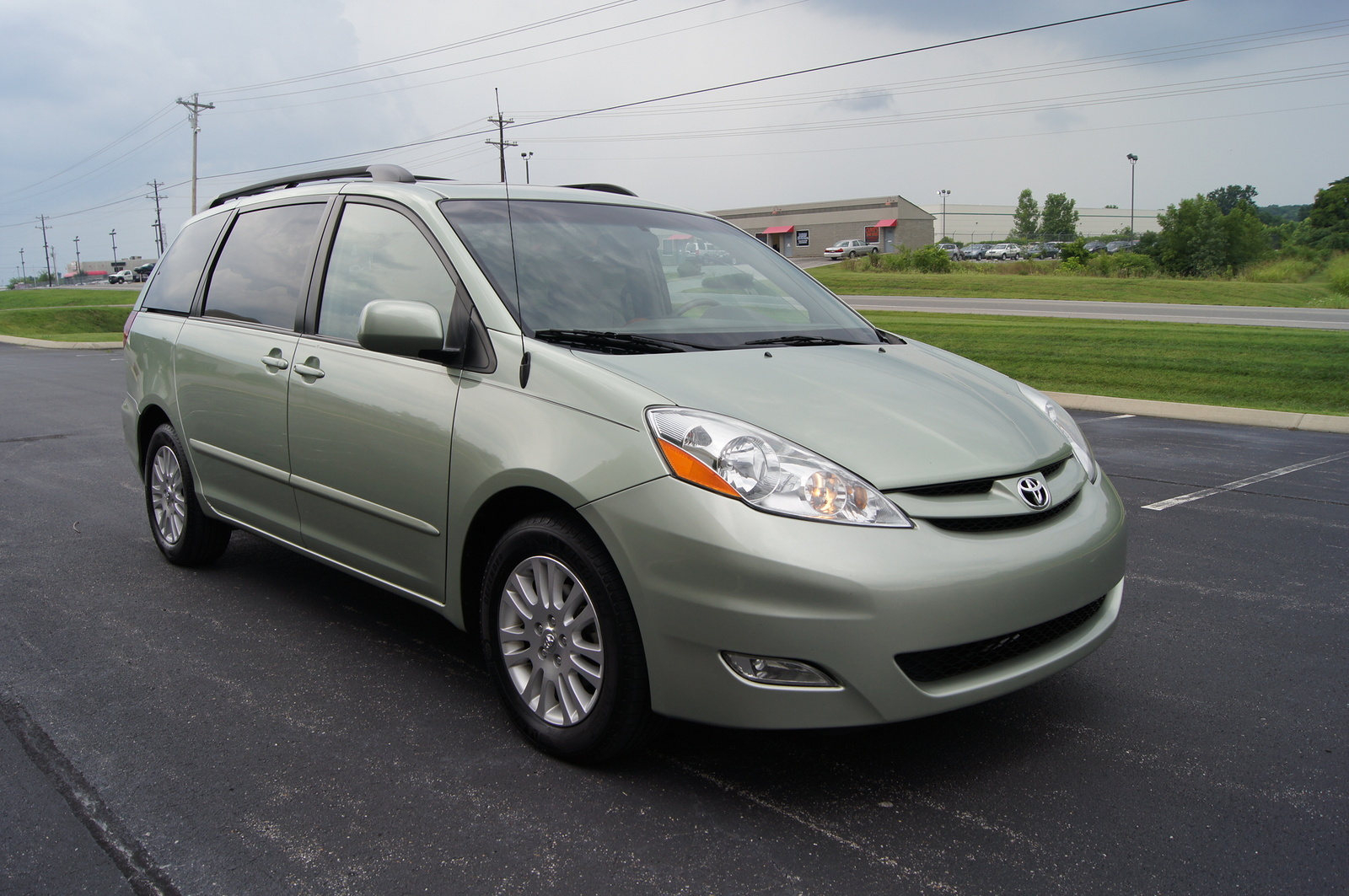 Showthread in addition Schematic Shows Typical Wiring Diagram together with Second Semester Final Project moreover Toyota Jbl Wiring Harness together with 2008 Toyota Sienna. on toyota sienna 2010 radio install kit