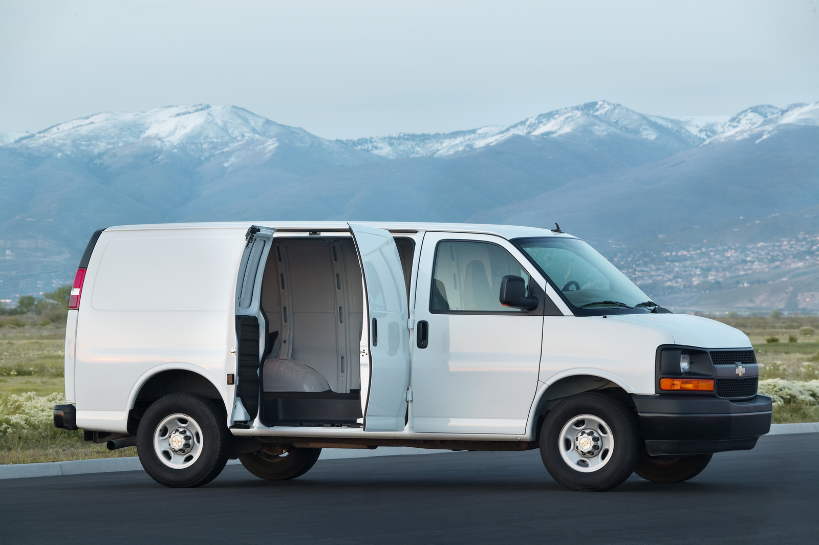 2014 chevrolet express cargo front quarter view copyright general motors exterior