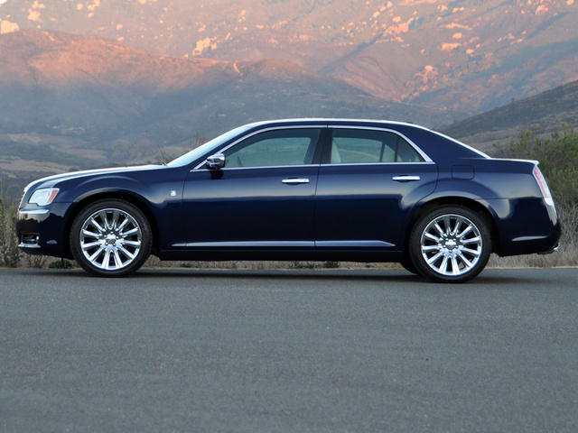 Chrysler 300 reviews 2013