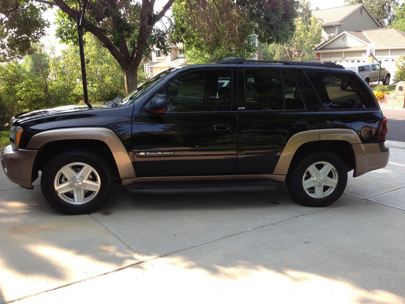 picture of 2002 chevrolet trailblazer ltz 4wd exterior. Cars Review. Best American Auto & Cars Review