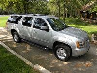 Picture of 2010 Chevrolet Suburban LT 1500 4WD, exterior