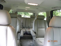 Picture of 2010 Chevrolet Suburban LT 1500 4WD, interior