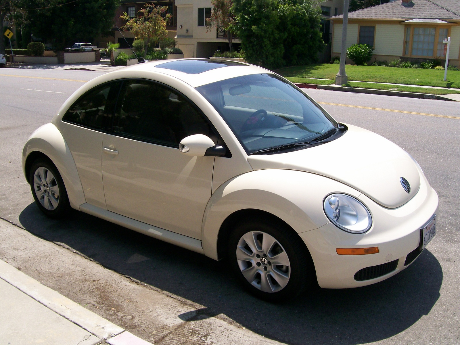 2009 volkswagen beetle pictures cargurus. Black Bedroom Furniture Sets. Home Design Ideas