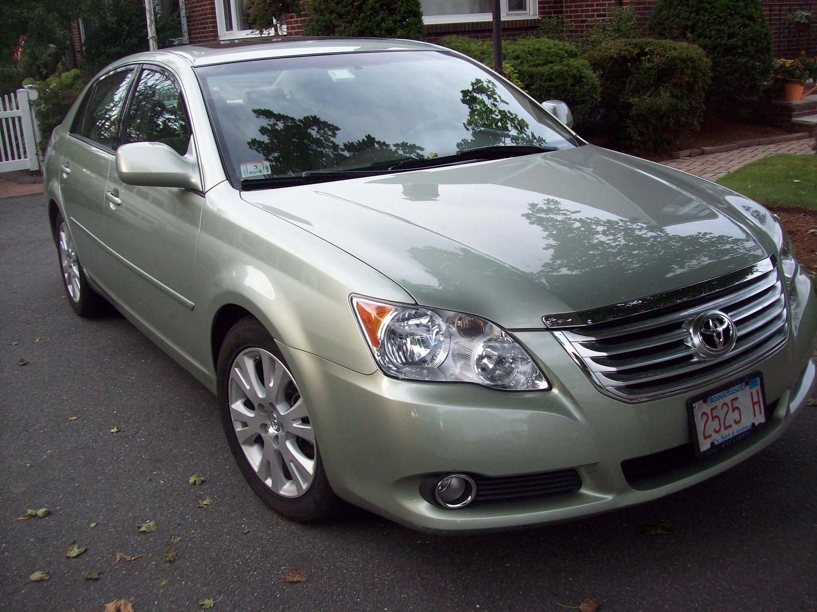 Picture of 2008 Toyota Avalon XLS, exterior