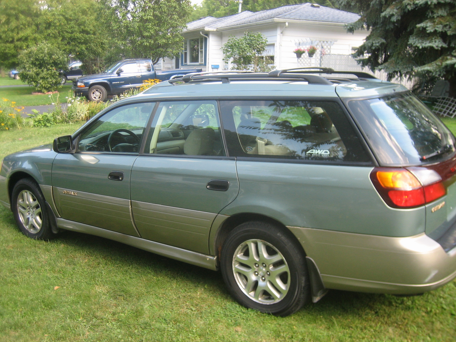 picture of 2002 subaru outback base wagon exterior sexy. Black Bedroom Furniture Sets. Home Design Ideas