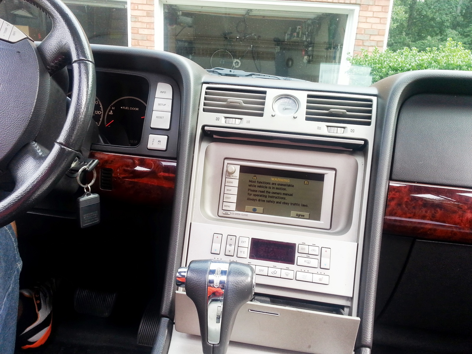 2006 Lincoln Navigator - Pictures