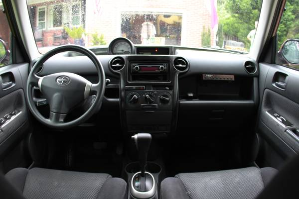 2005 scion xb interior submited images