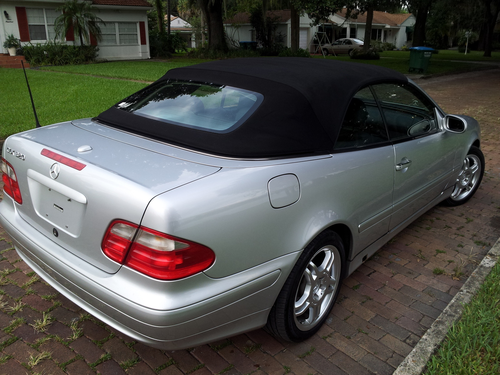 2001 mercedes benz clk class pictures cargurus. Black Bedroom Furniture Sets. Home Design Ideas