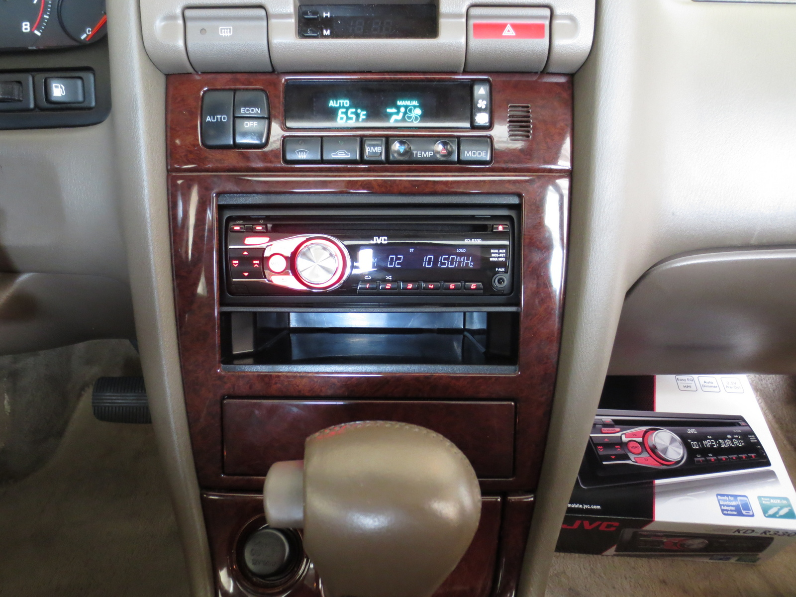 Picture of 1998 Infiniti I30 4 Dr STD Sedan, interior