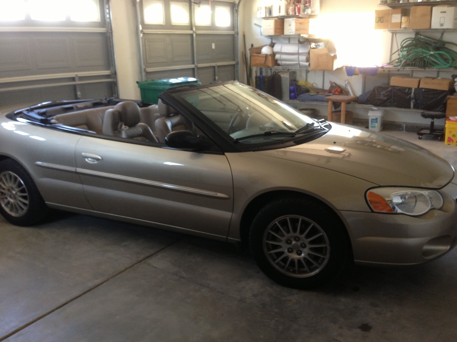 picture of 2004 chrysler sebring lx convertible exterior. Cars Review. Best American Auto & Cars Review
