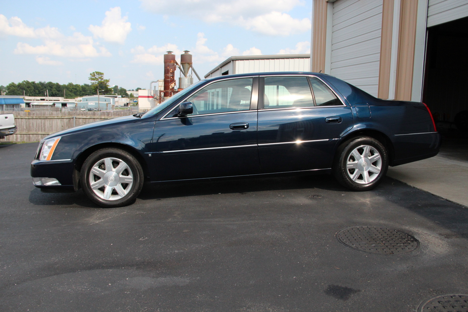 battery location on 2006 cadillac dts  battery  free