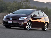 2013 Toyota Prius, Another front-quarter view, exterior
