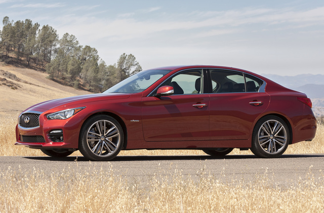 2014 INFINITI Q50 Hybrid, Front-quarter view, exterior, manufacturer, gallery_worthy