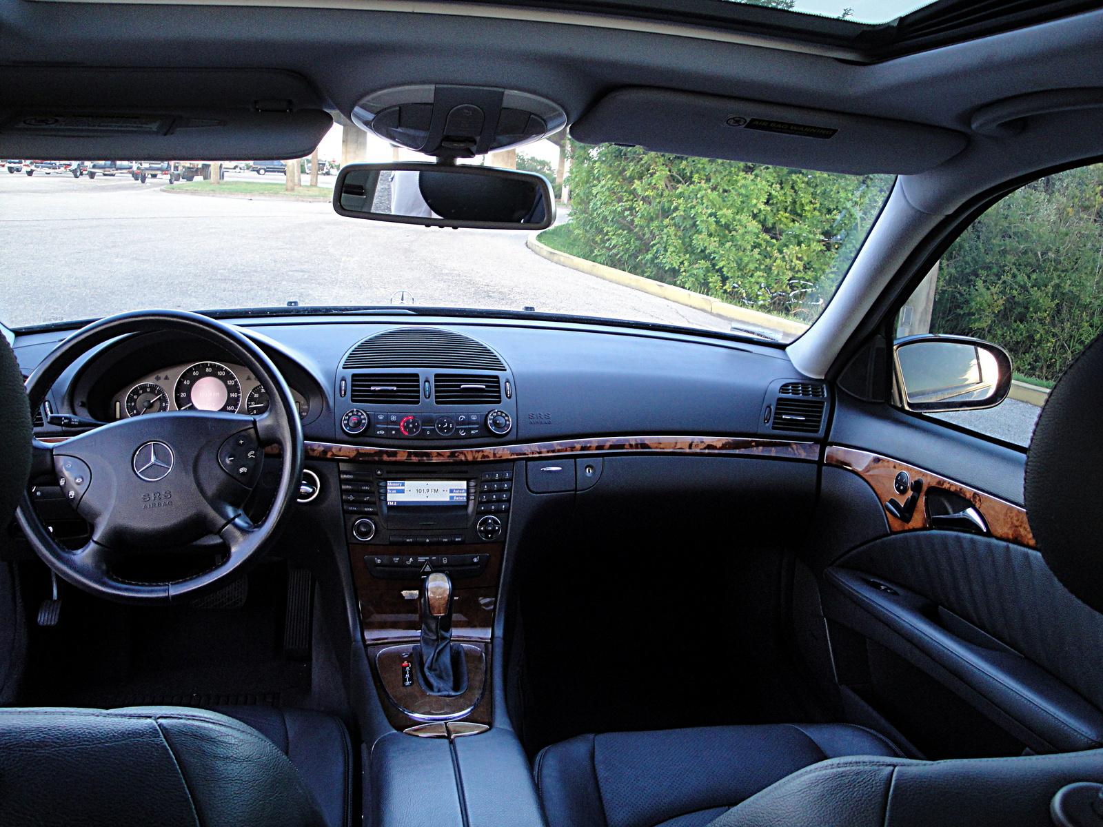 2003 mercedes benz e class interior pictures cargurus for 2003 mercedes benz e320 specs