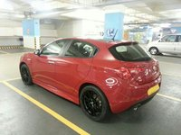 2011 Alfa Romeo Giulietta Overview