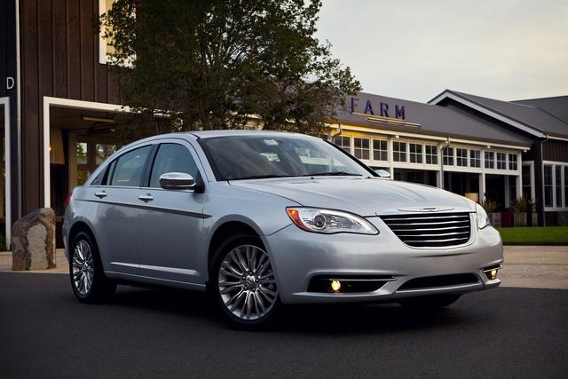 2014 Chrysler 200, Front-quarter view, exterior, manufacturer