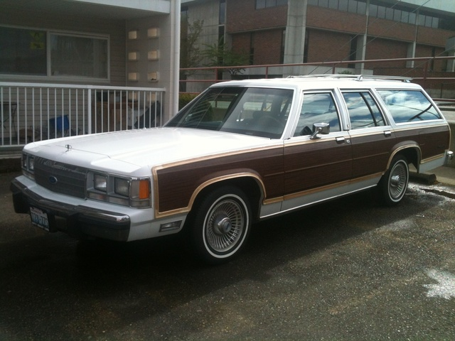 Picture of 1991 Ford LTD Crown Victoria 4 Dr Country Squire LX Wagon