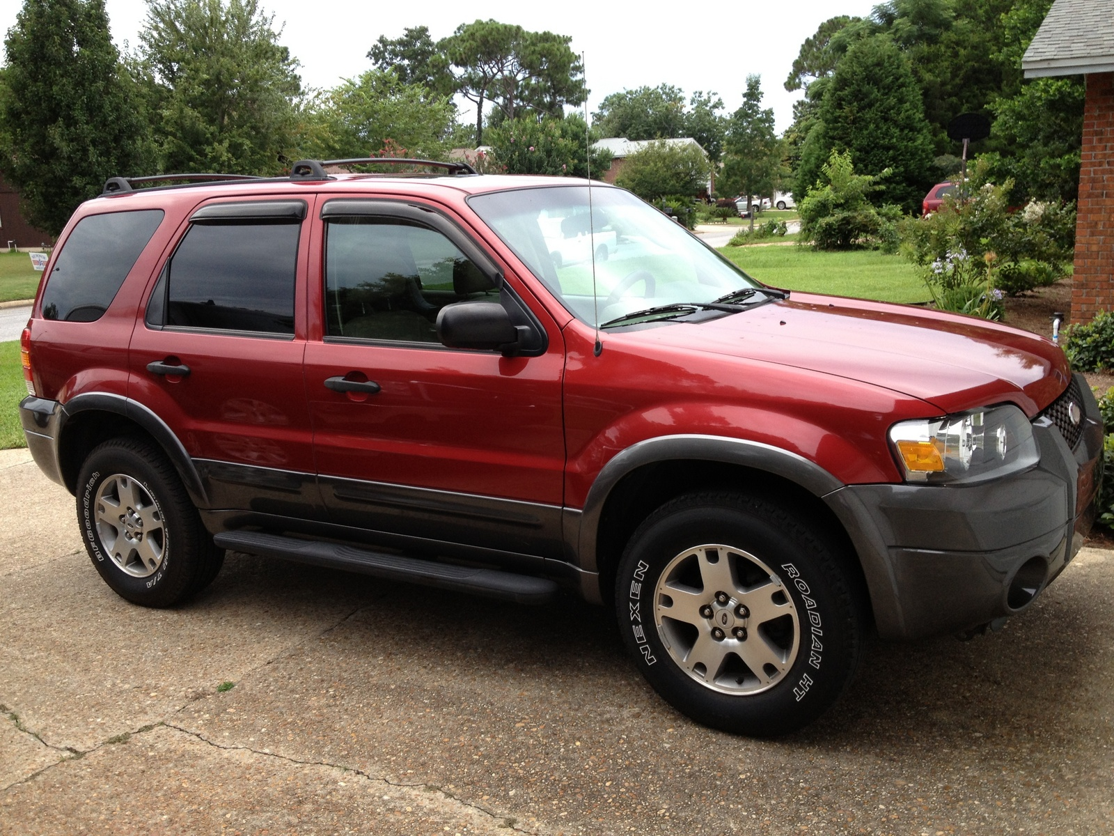 picture of 2005 ford escape xlt sport exterior. Cars Review. Best American Auto & Cars Review