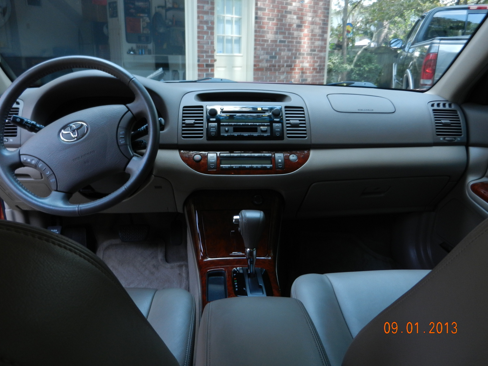 Toyota Camry Xle V Pic