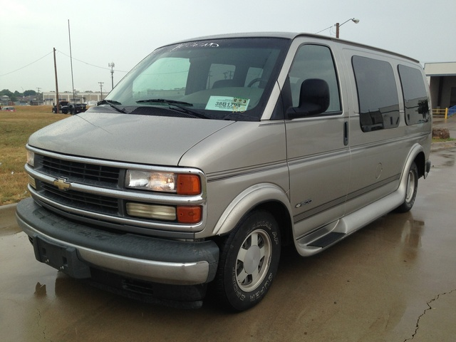 92c68126bd24 2000 Chevrolet Express - Pictures - CarGurus
