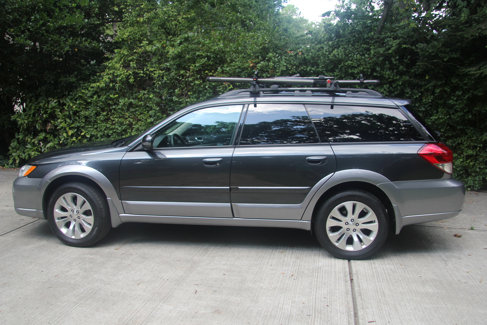 2009 subaru outback submited images