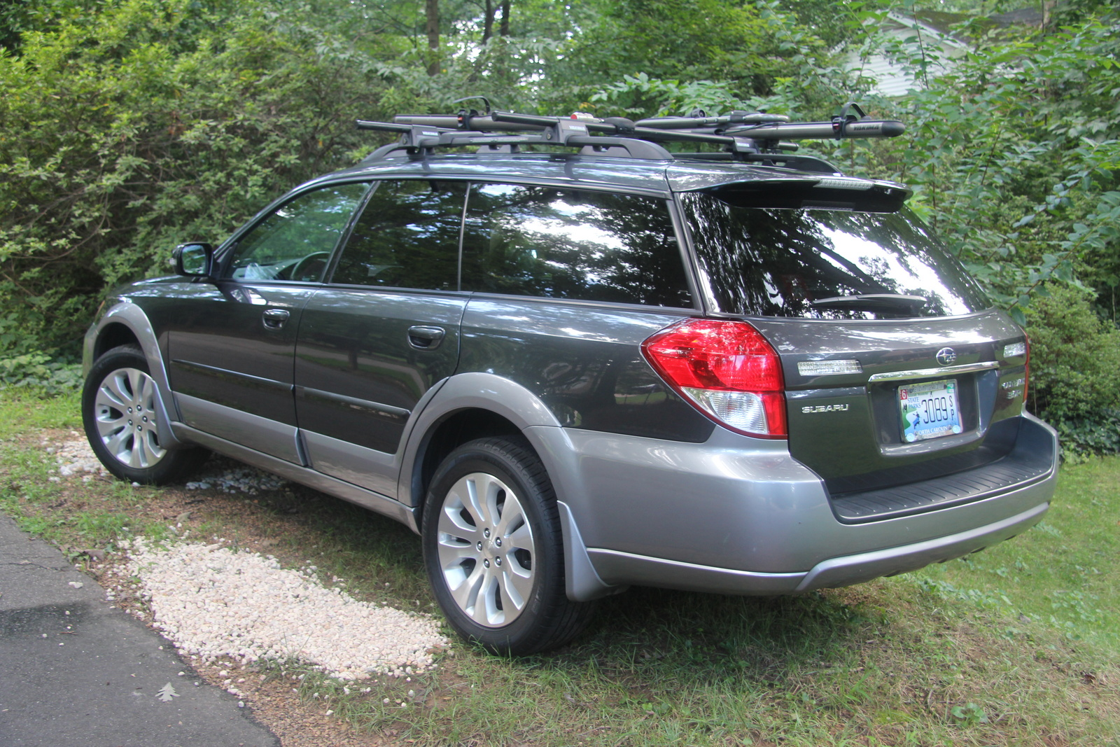 subaru outback hybrid. Black Bedroom Furniture Sets. Home Design Ideas