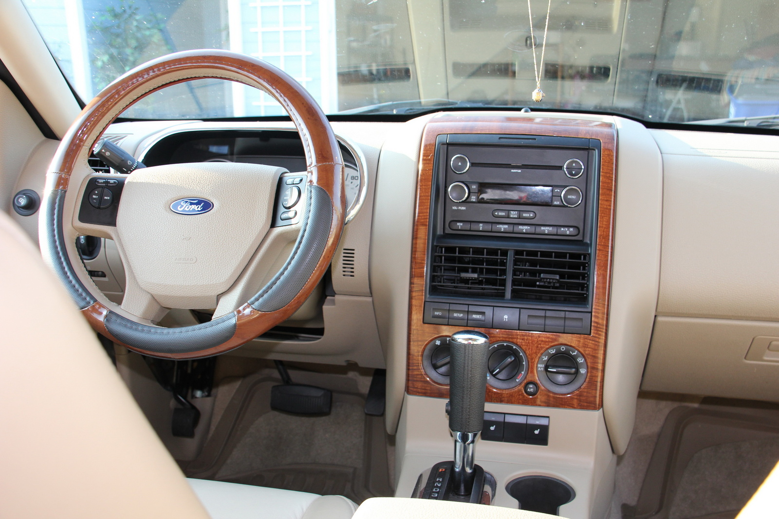 2009 ford explorer interior pictures cargurus
