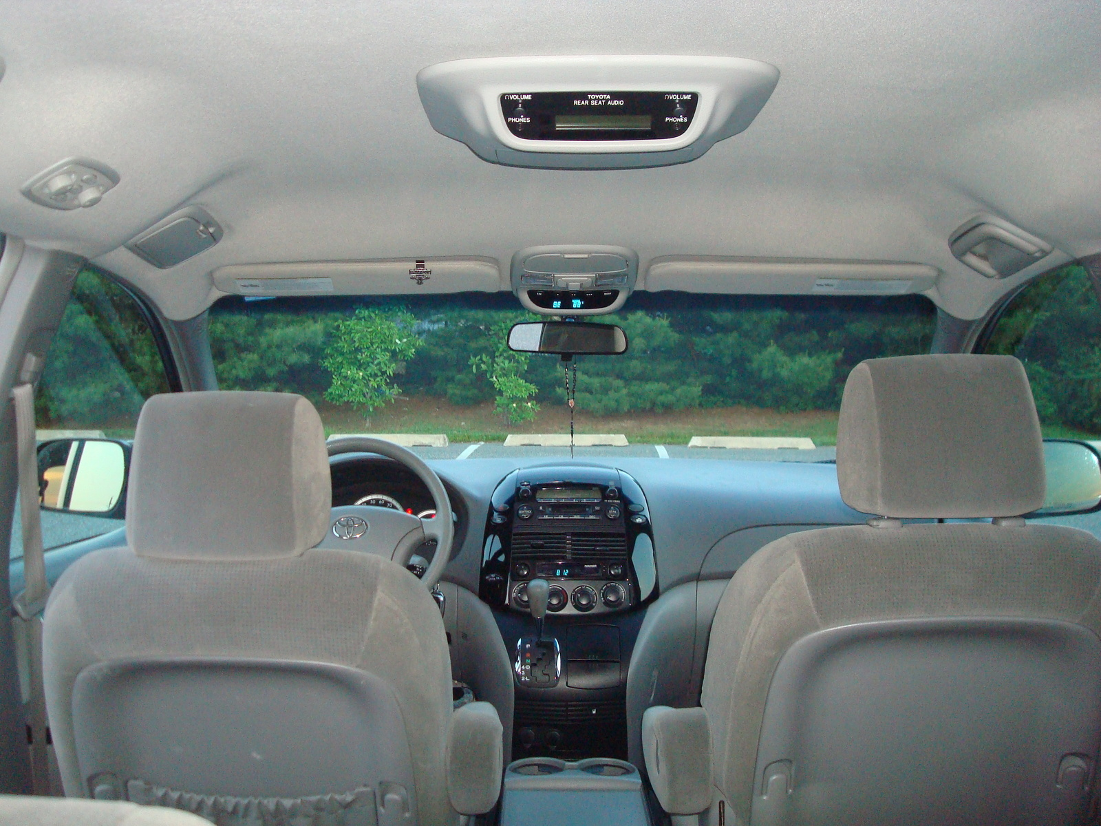 2005 Toyota Sienna Pictures Cargurus