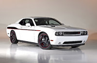 2014 Dodge Challenger, Front-quarter view, exterior, manufacturer, gallery_worthy