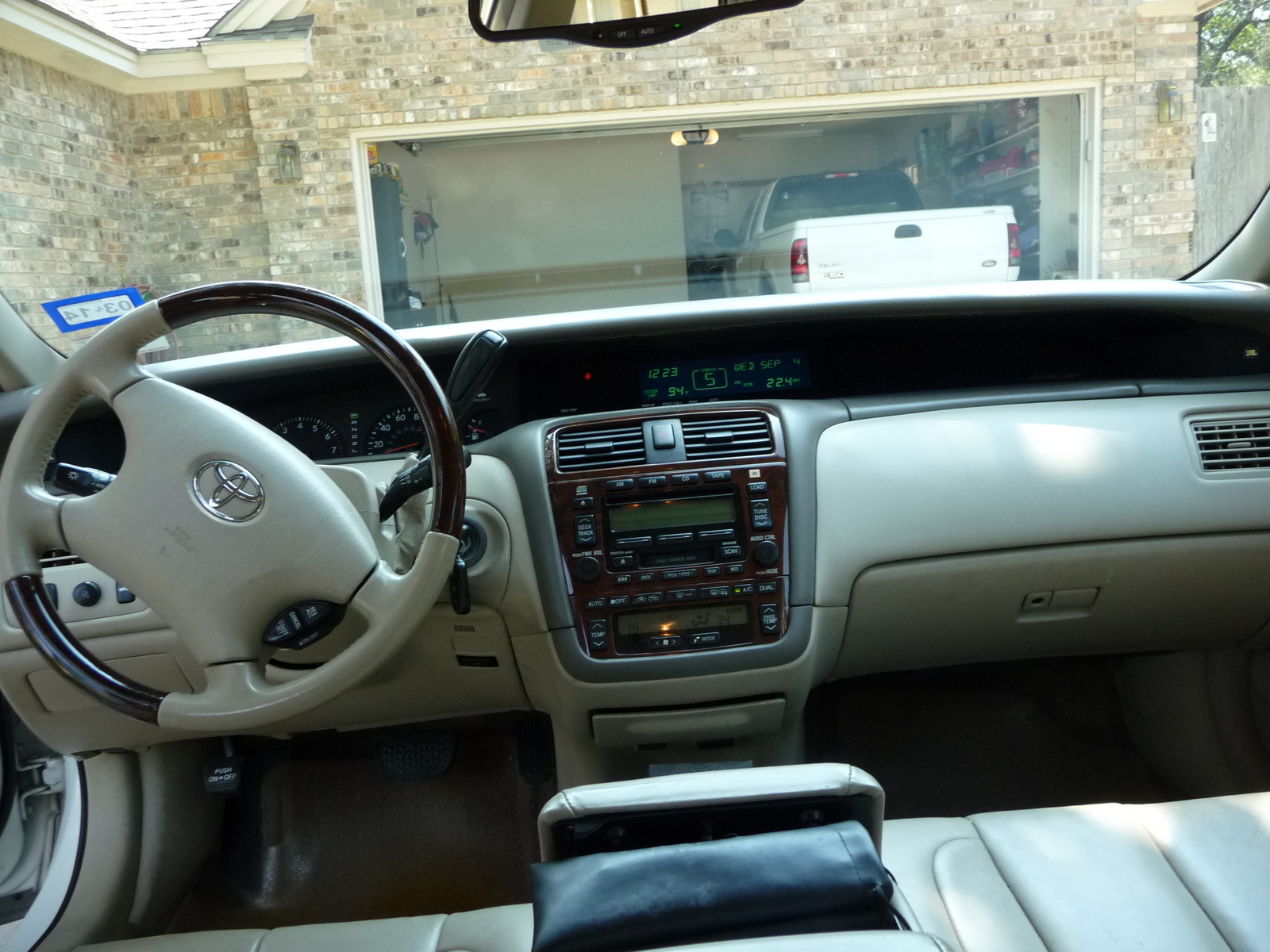 Toyota Avalon Xls Pic