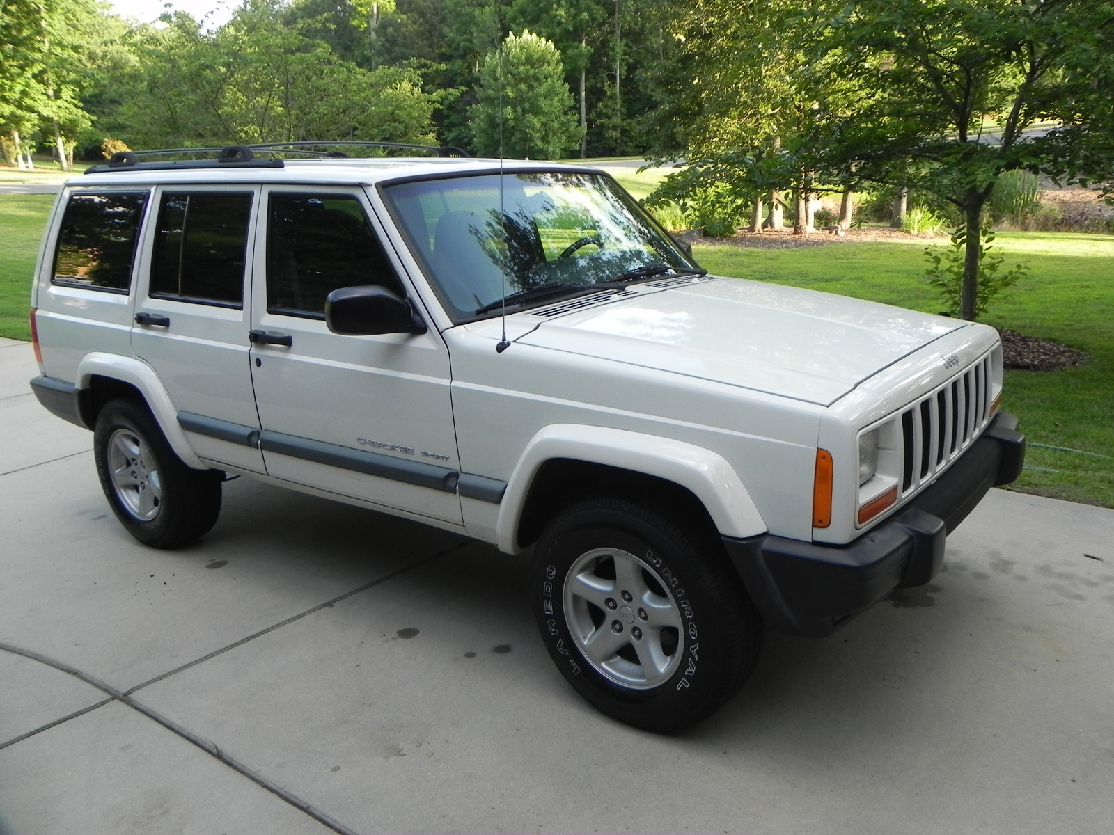 picture of 2000 jeep cherokee 4 dr sport 4wd exterior. Cars Review. Best American Auto & Cars Review