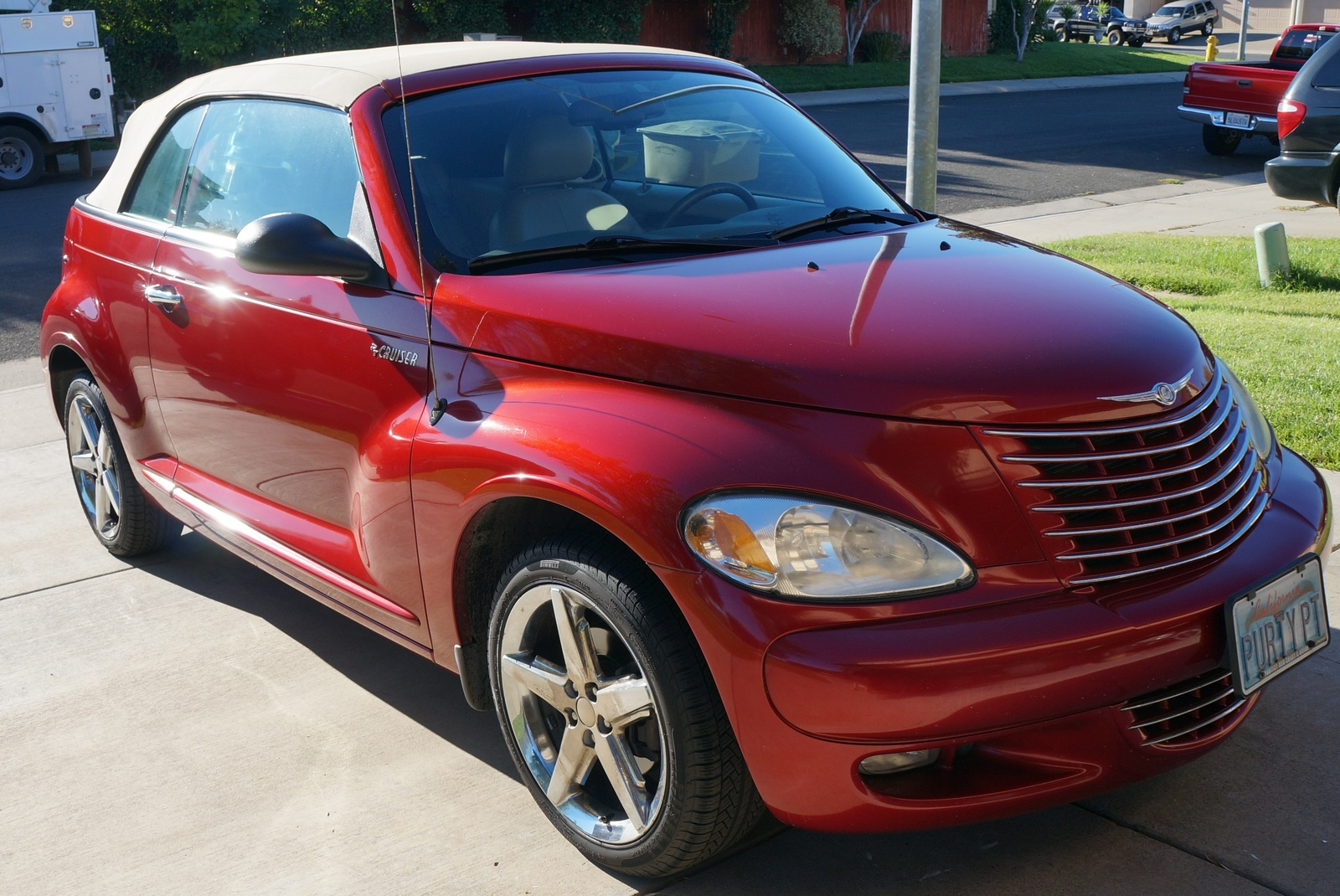 buy used 2005 chrysler pt cruiser gt convertible 2 door 2. Black Bedroom Furniture Sets. Home Design Ideas