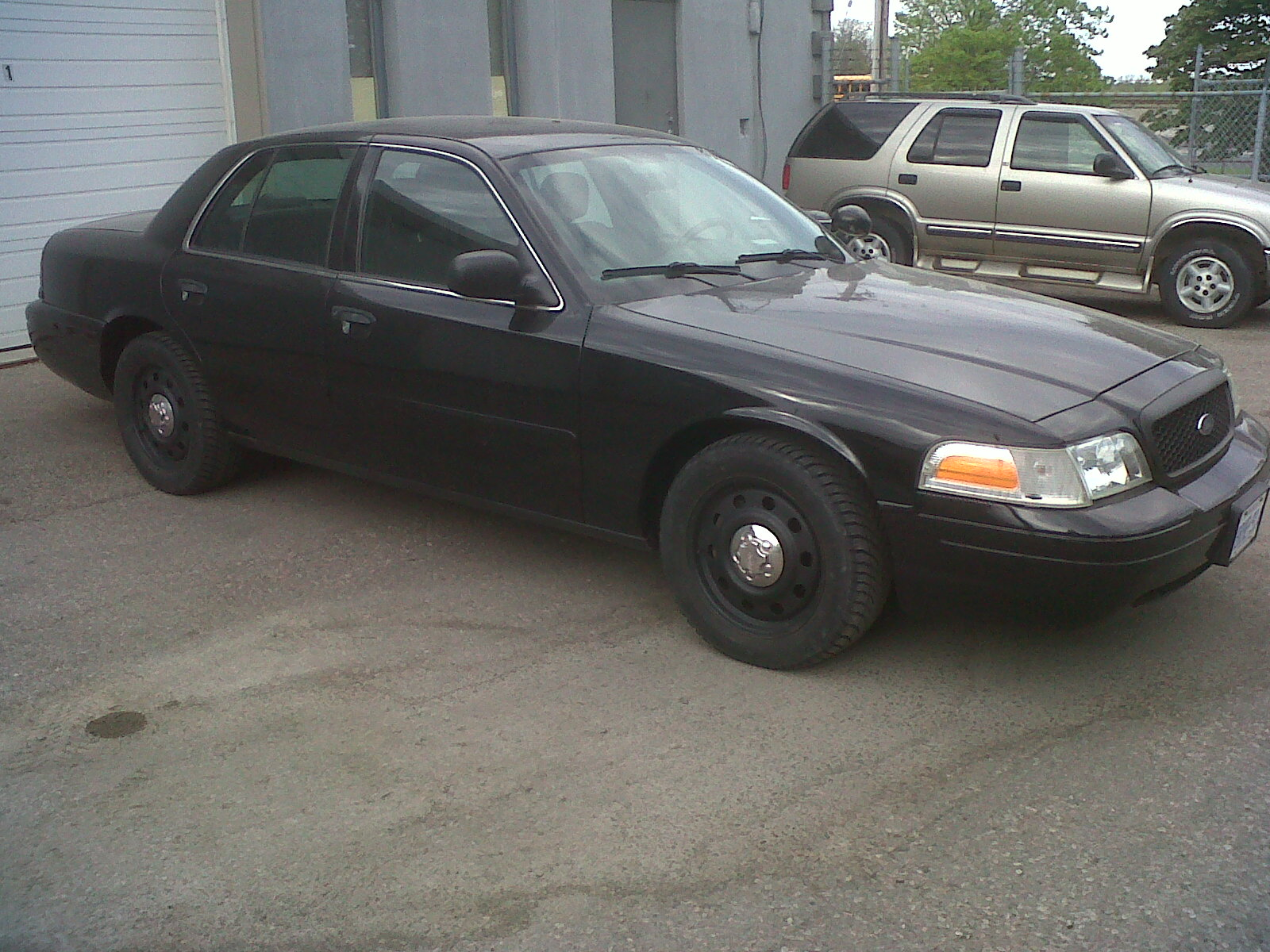 2006 ford crown vic police interceptor mpg. Black Bedroom Furniture Sets. Home Design Ideas