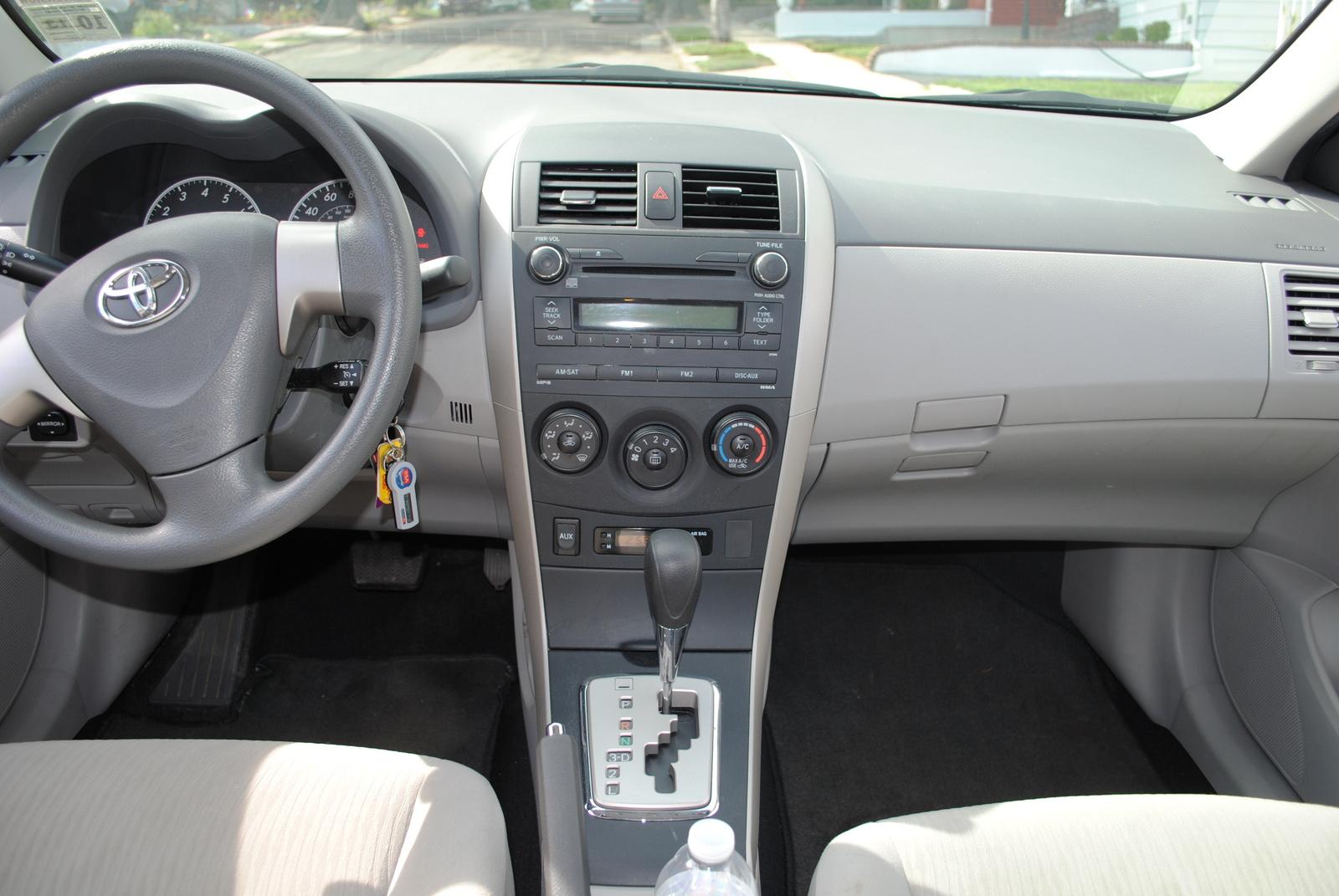 2010 toyota corolla interior pictures cargurus for Interior toyota corolla