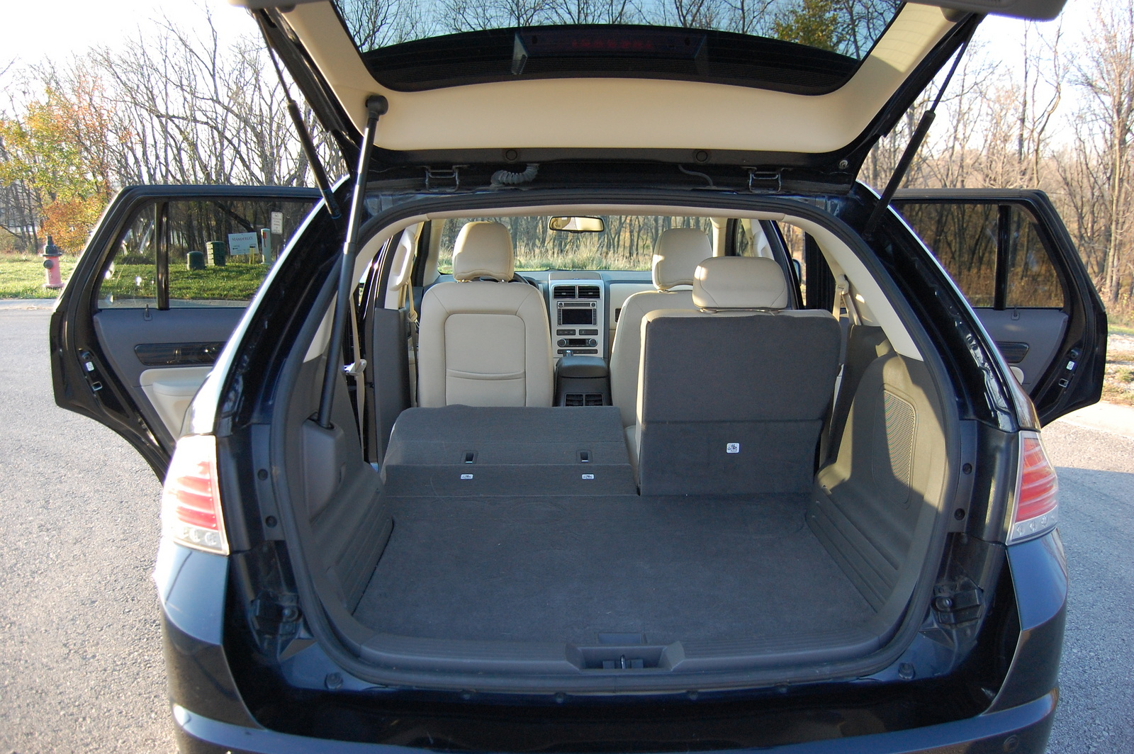 the lincoln mkx with interior and exterior car photos. Black Bedroom Furniture Sets. Home Design Ideas