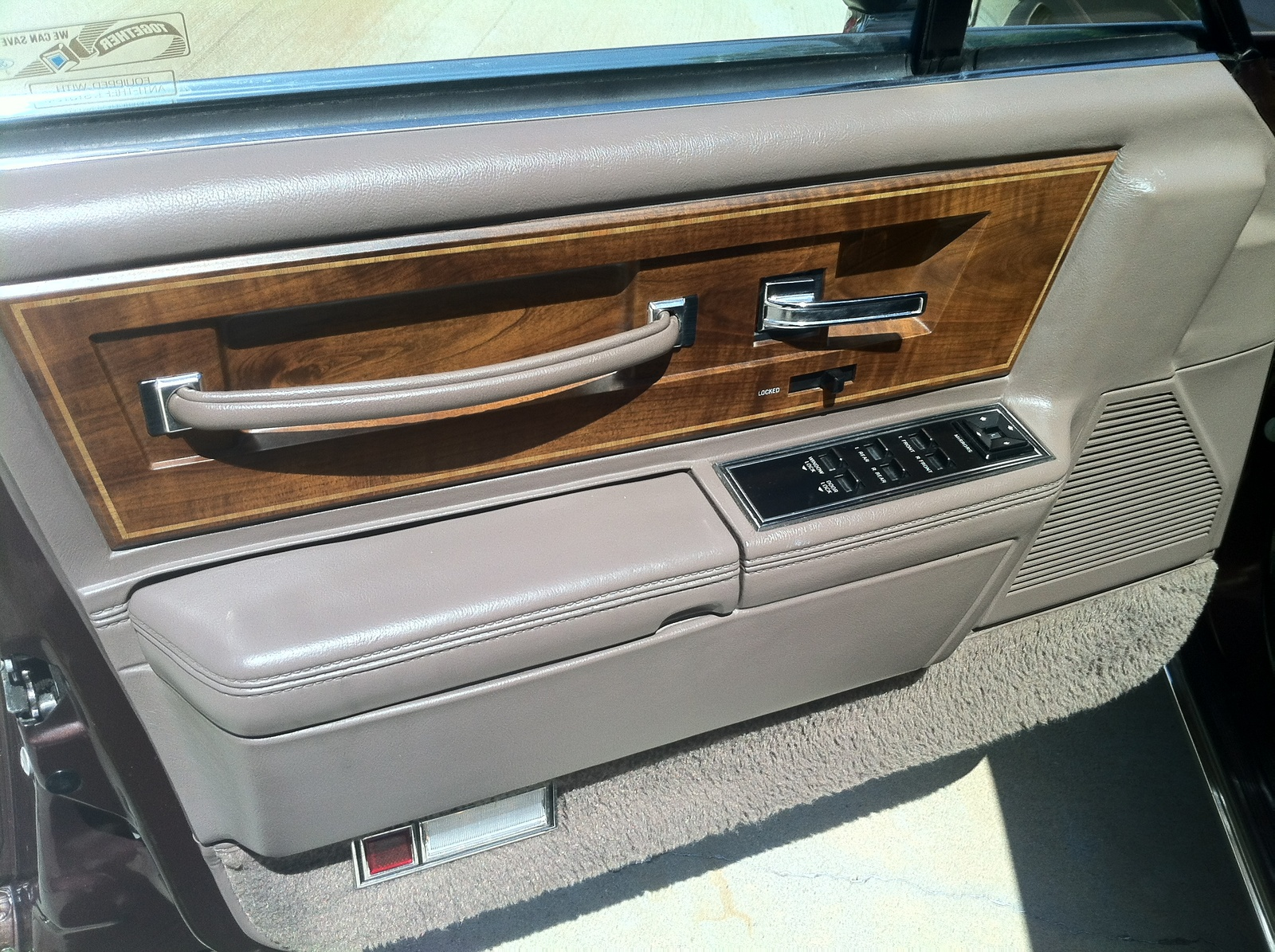 1987 lincoln continental interior pictures cargurus. Black Bedroom Furniture Sets. Home Design Ideas