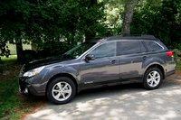rogier's 2014 Subaru Outback 2.5i Limited, exterior