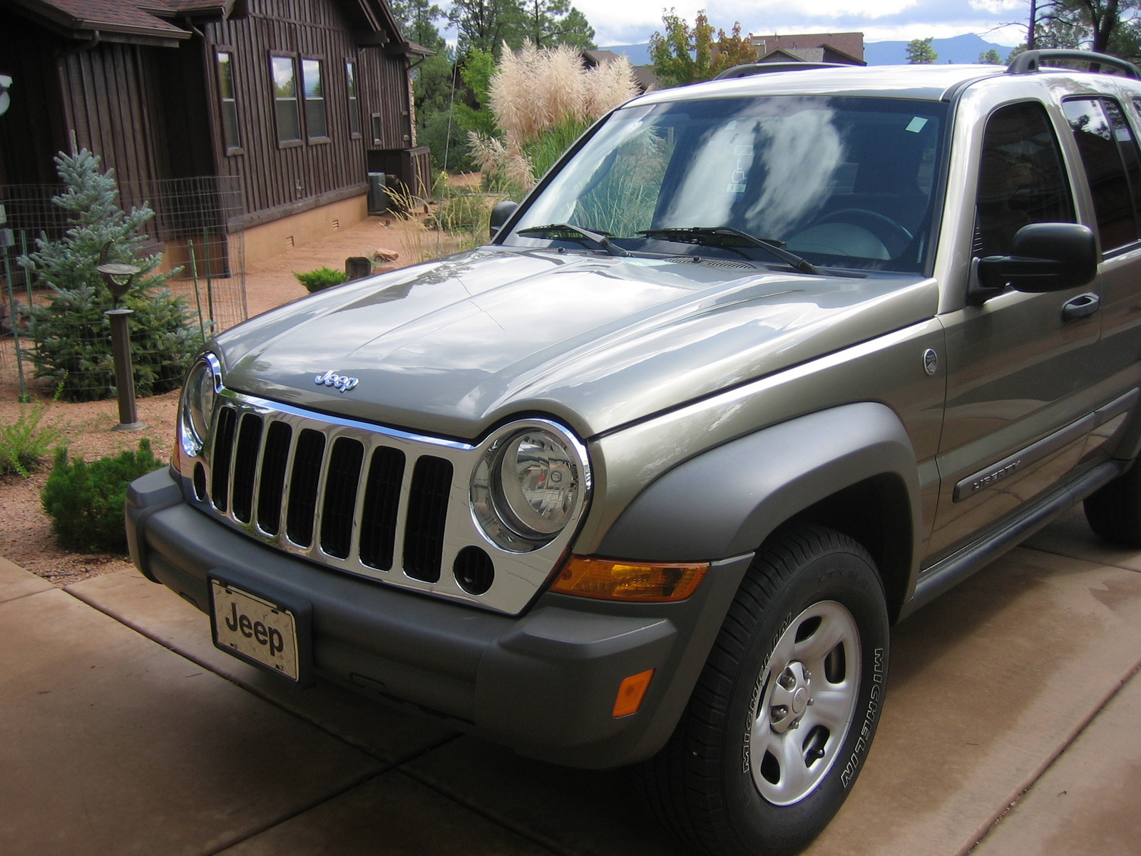 2006 jeep liberty pictures cargurus. Black Bedroom Furniture Sets. Home Design Ideas