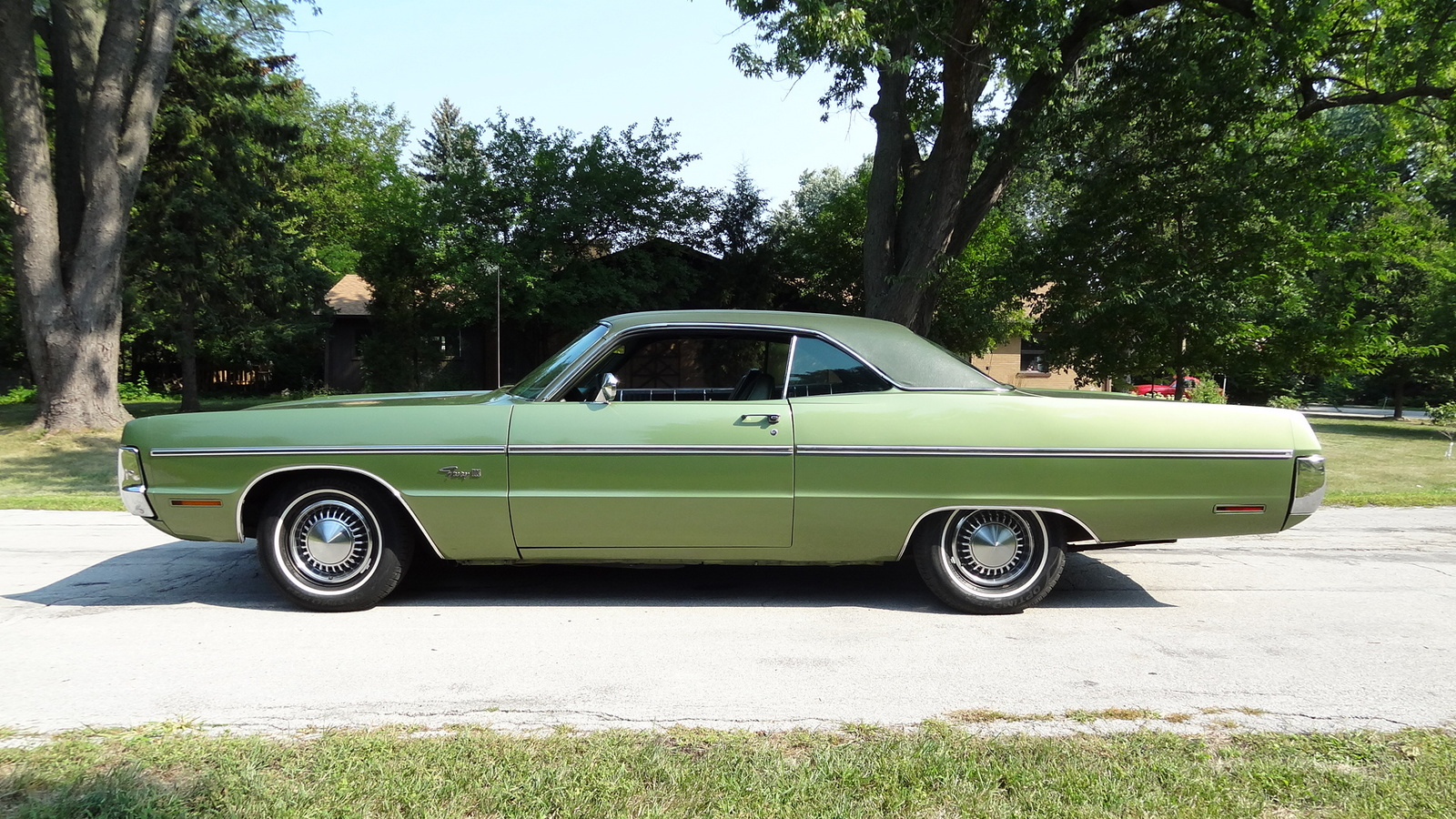 1971 plymouth fury iii side view exterior