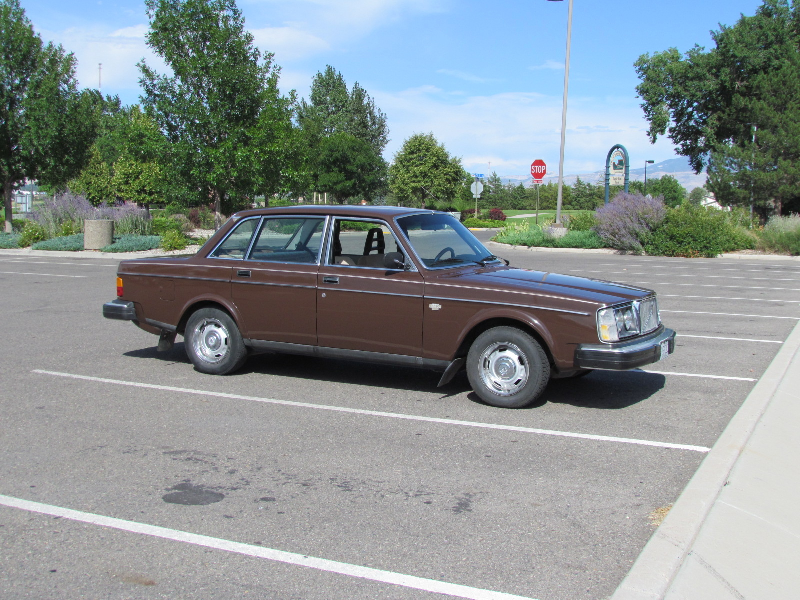 pin volvo wagon dl for cars sale manual