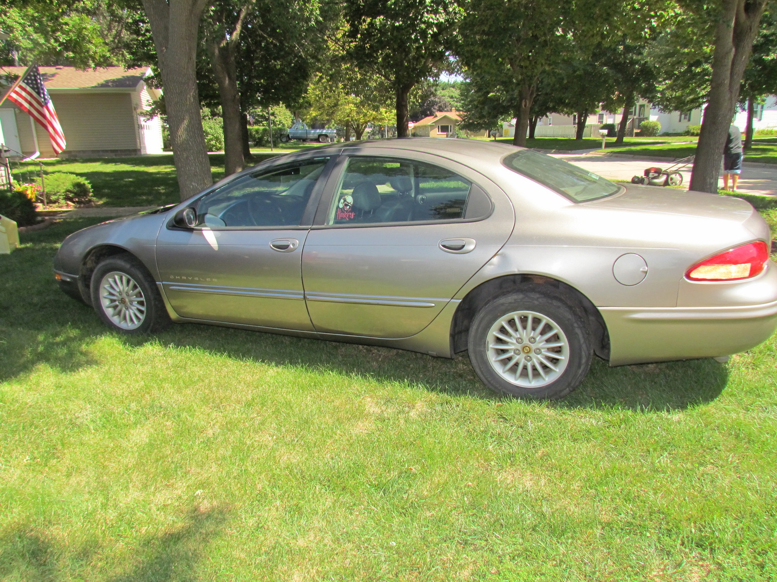 1999 chrysler concorde 4 dr lxi sedan picture exterior. Cars Review. Best American Auto & Cars Review