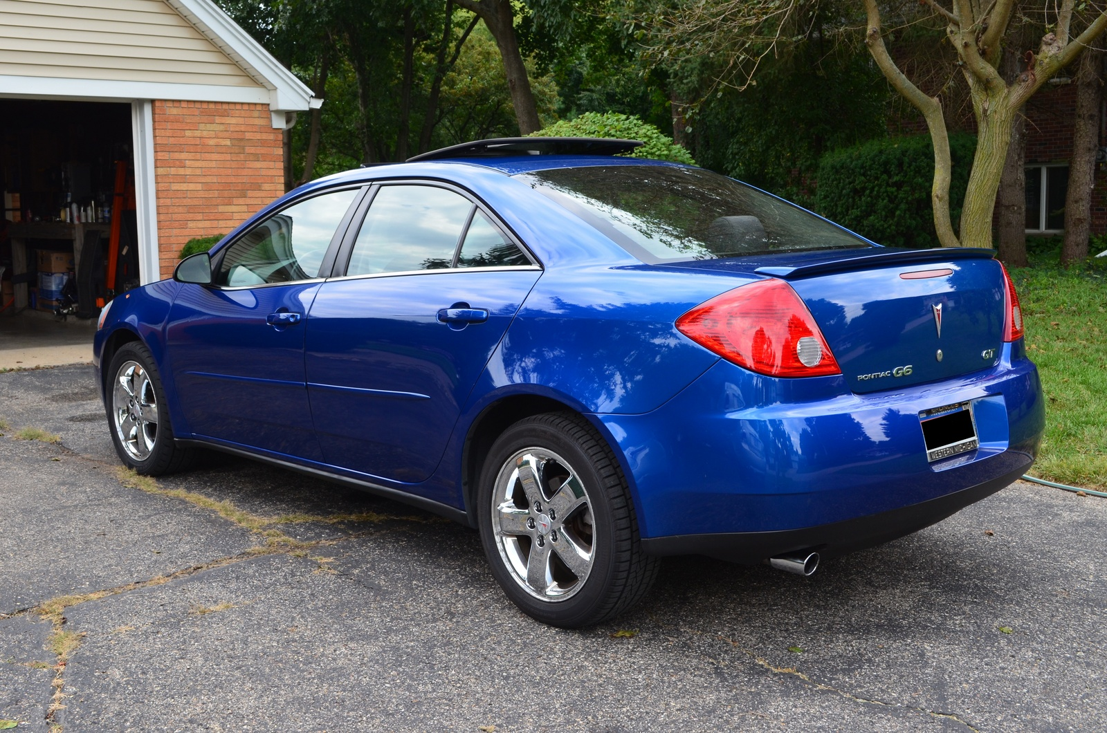 2007 pontiac g8 gt related infomation specifications. Black Bedroom Furniture Sets. Home Design Ideas