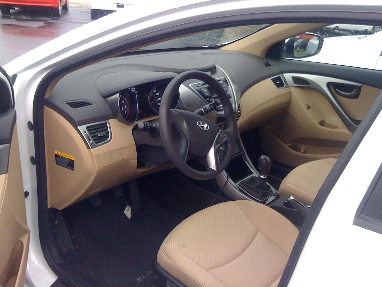 2013 Hyundai Elantra Interior Pictures Cargurus