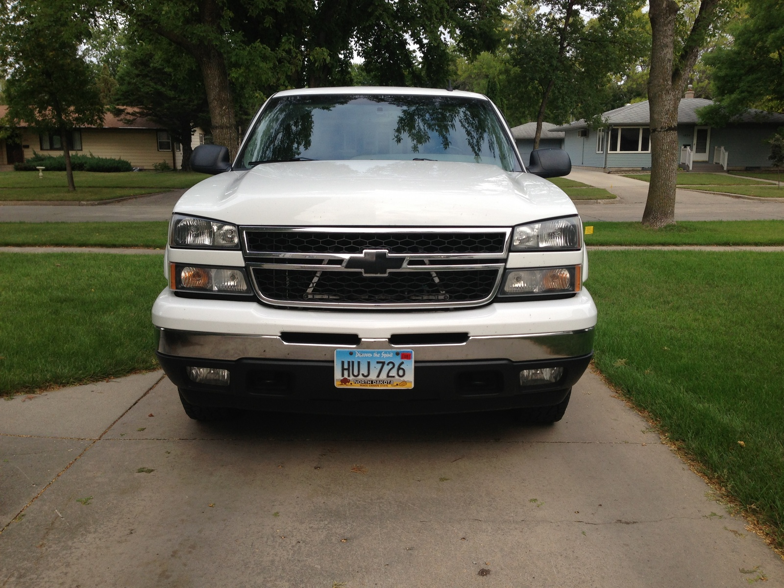 picture of 2006 chevrolet silverado 1500 lt1 crew cab 4wd exterior. Cars Review. Best American Auto & Cars Review