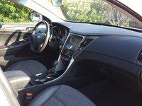 Picture of 2011 Hyundai Sonata SE, interior