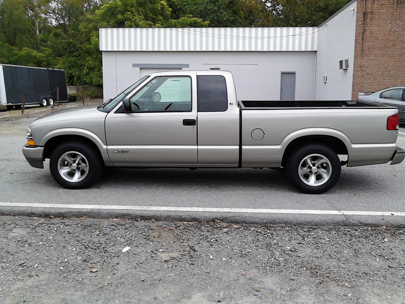 picture of 2001 chevrolet s 10 2 dr ls extended cab sb exterior. Black Bedroom Furniture Sets. Home Design Ideas